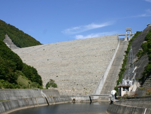 https://www.water.go.jp/kanto/numata/12_photo/02naramata/20061003_007.jpg
